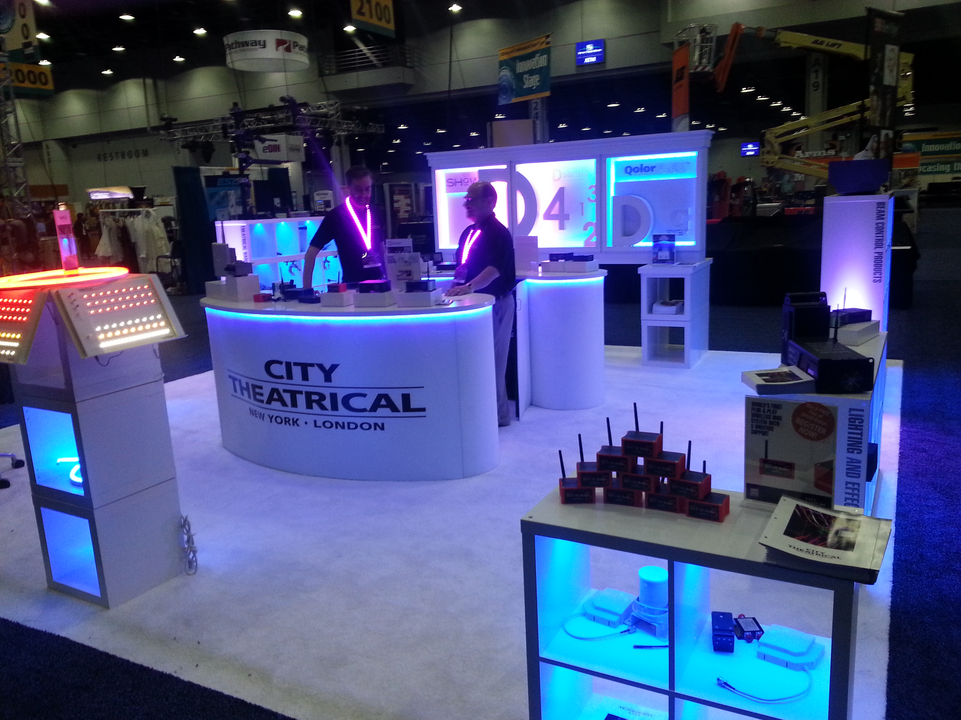 Exhibition Booth Lighting : How to light a trade show booth