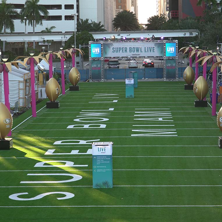 Multiverse wireless DMX at Super Bowl LIVE in Miami, Florida
